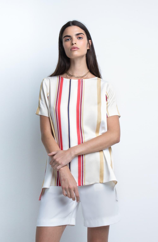 t-shirt lara