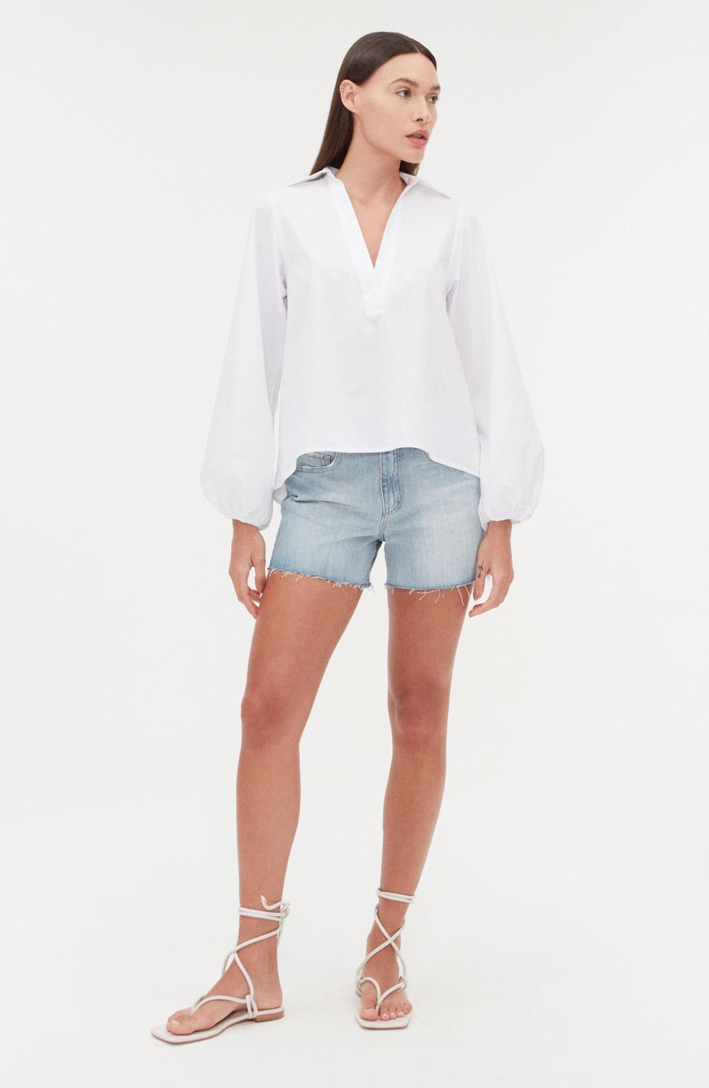 camisa polo branca de tricoline com decote em v manga longa