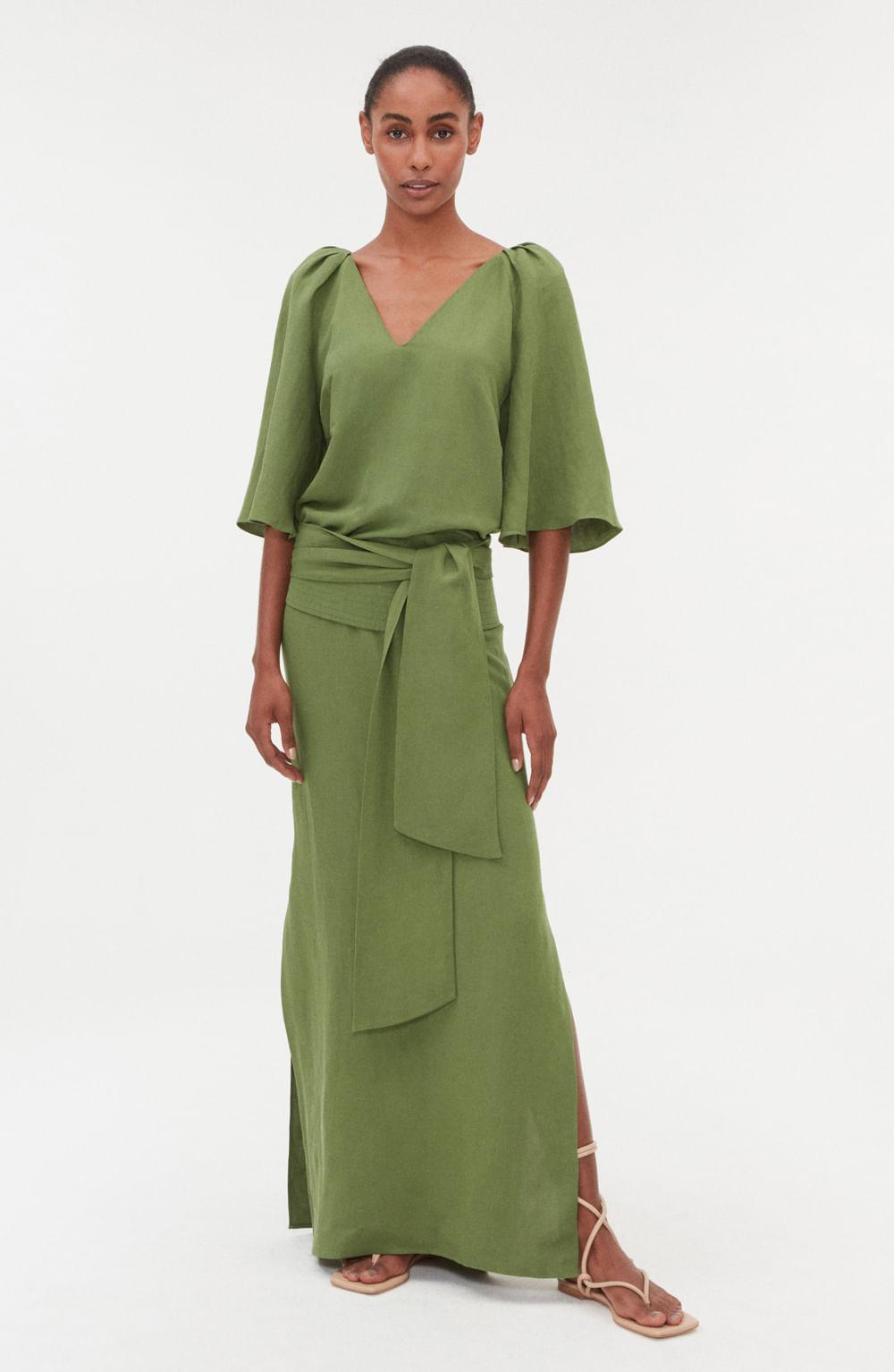 túnica longa com drapeado