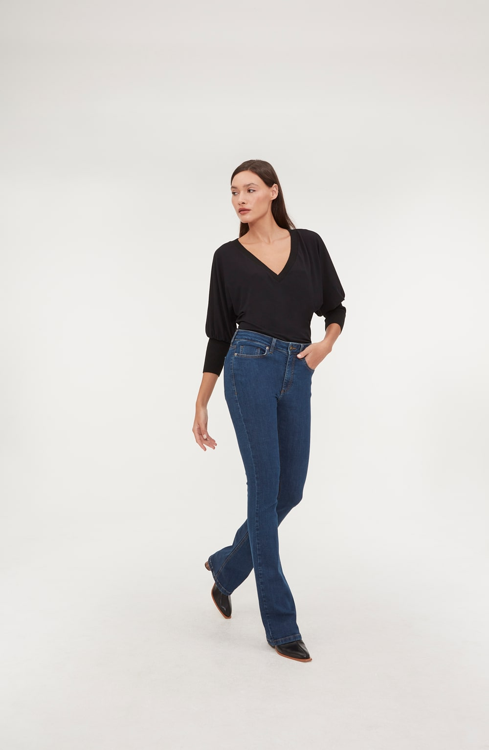 calça boot cut basic