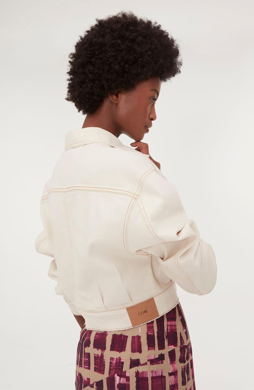 jaqueta jeans branca com bolso