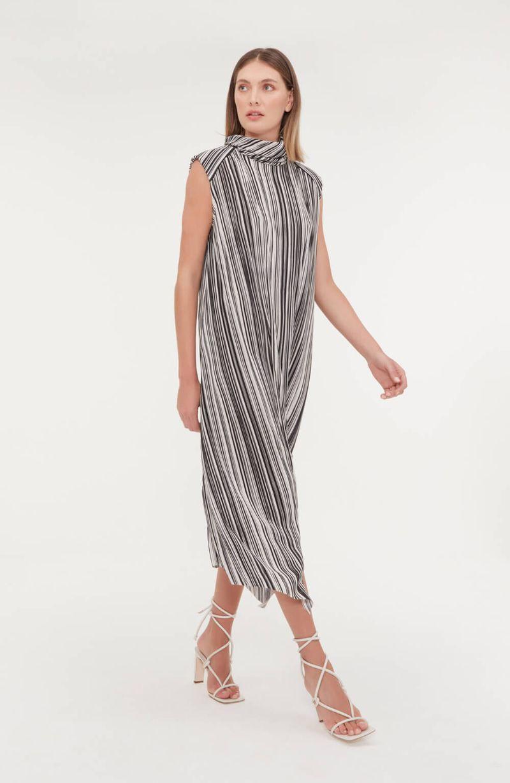 cori-vestido-midi-gola-role-estampado-preto-branco-0188590-2