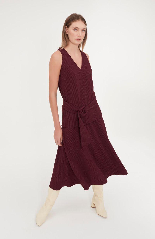 cori-vestido-cinto-midi-regata-vinho-0188680-2