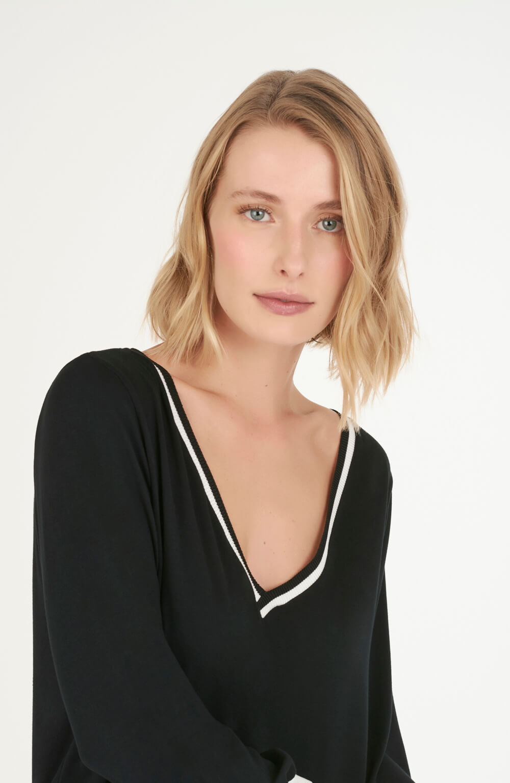 blusa manga bufante de malha preto