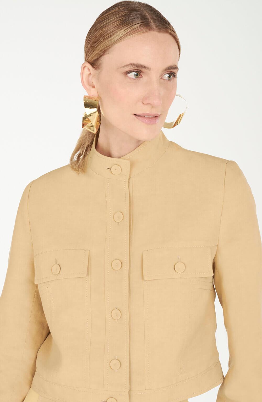 Jaqueta com botões bambu