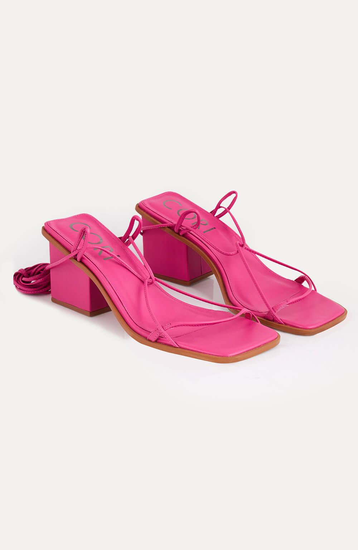 Sandália salto com amarracão pink